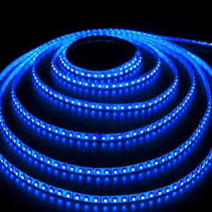Герметичная светодиодная лента синего свечения 3528-600 LED, IP 65, 9,6 Вт/м, 12V. 5 Метров.