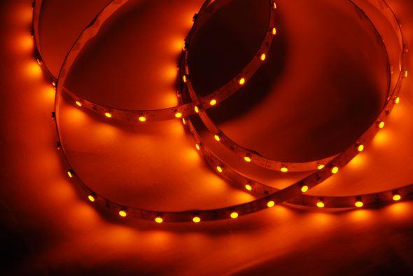 Герметичная светодиодная лента жёлтого свечения 3528-300 LED, IP 65, 4,8 Вт/м, 12V.5 Метров.