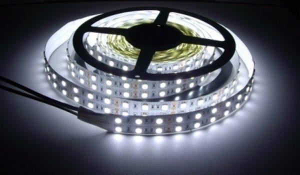 Открытая светодиодная лента белого свечения 5050-600 LED, IP 20, 28,8 Вт/м, 24V. 5 Метров.